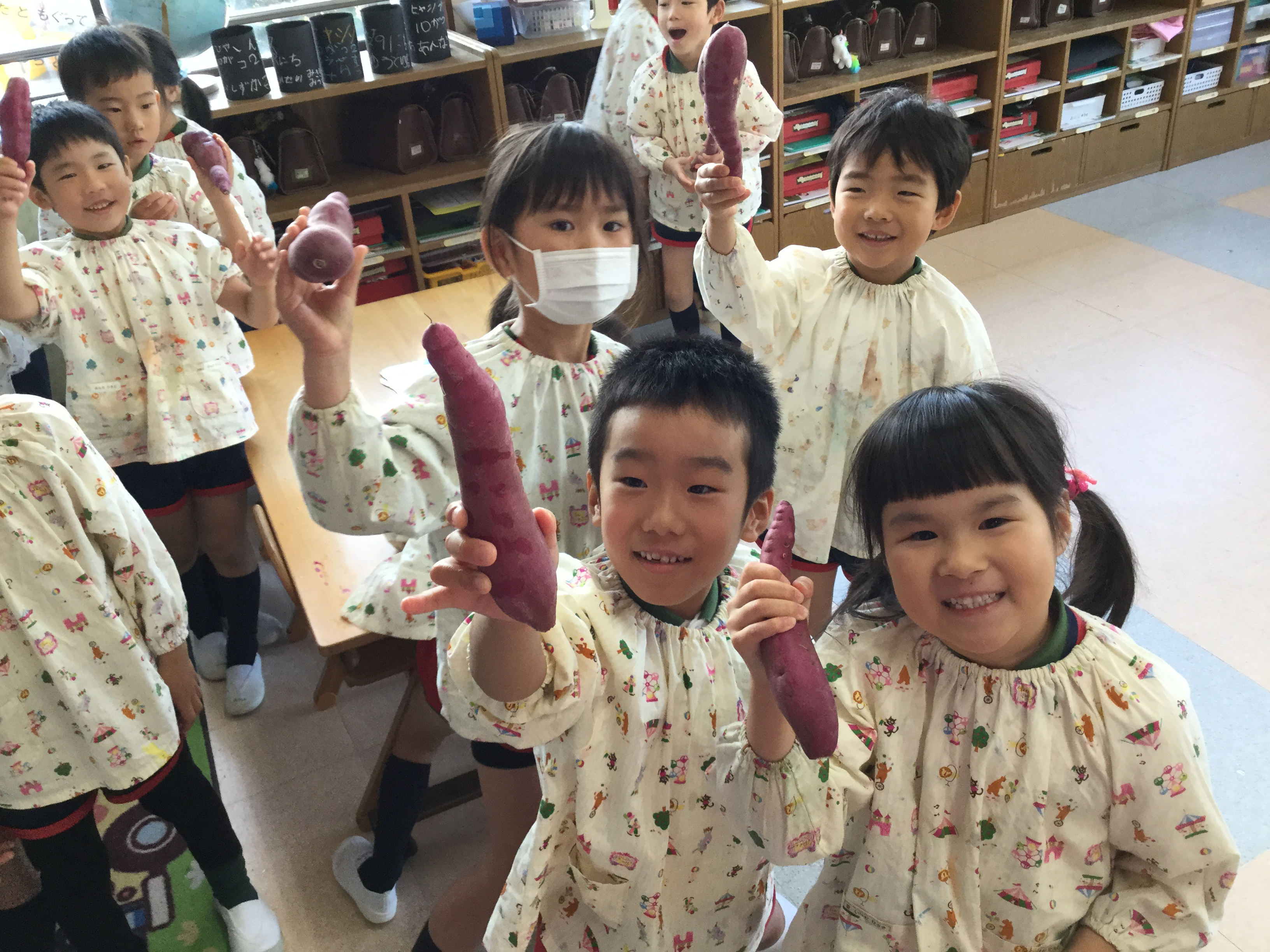 【本町】焼き芋パーティー