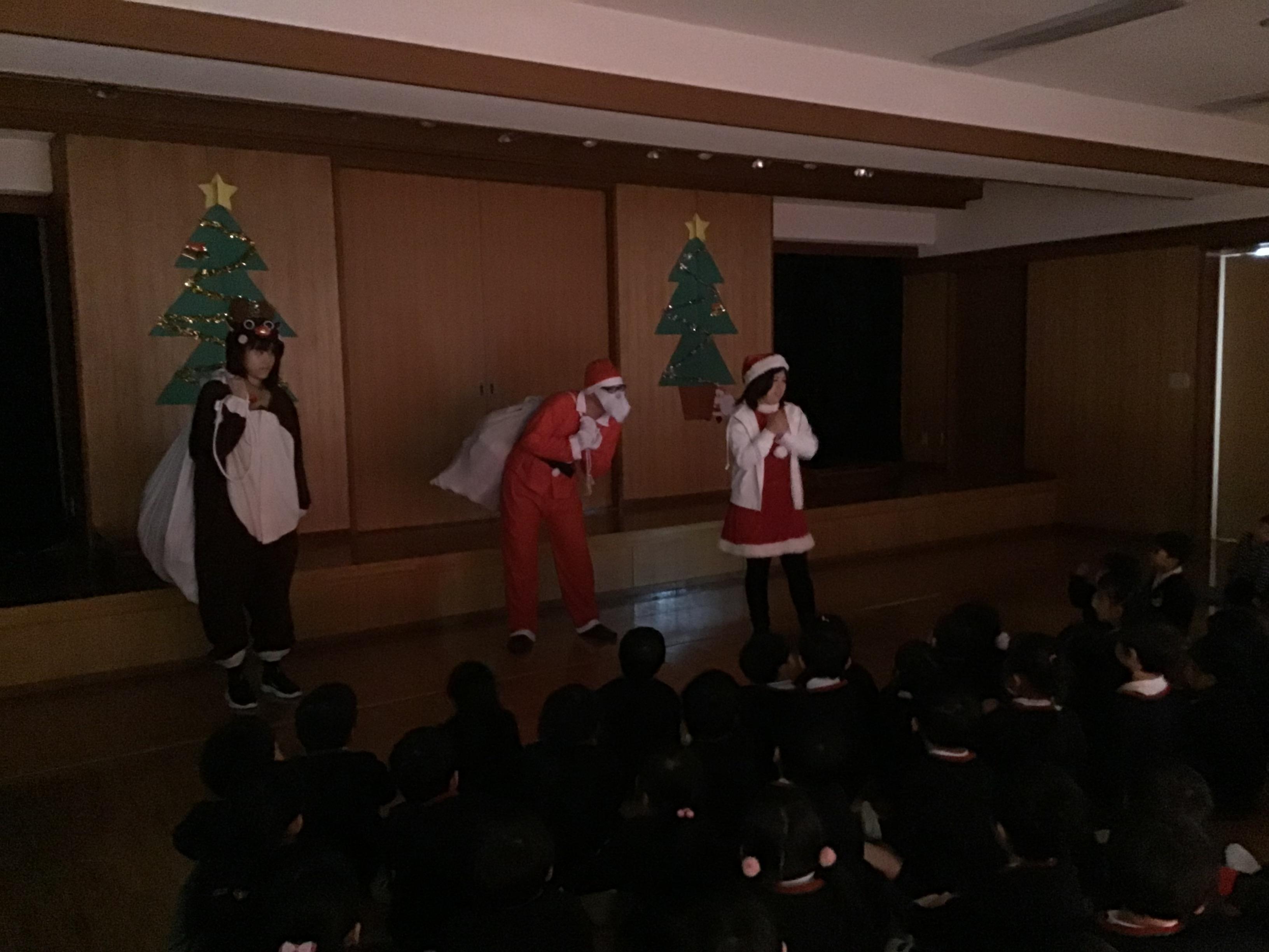 【本町】終業式・クリスマスお楽しみ会